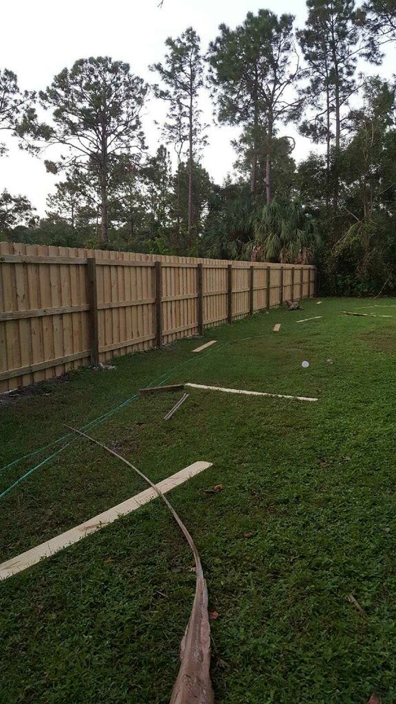 Backyard Fence Styles Amp Installation Services In Austin